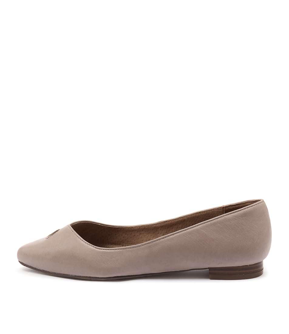 Diana Ferrari Cersai Taupe Flat Shoes