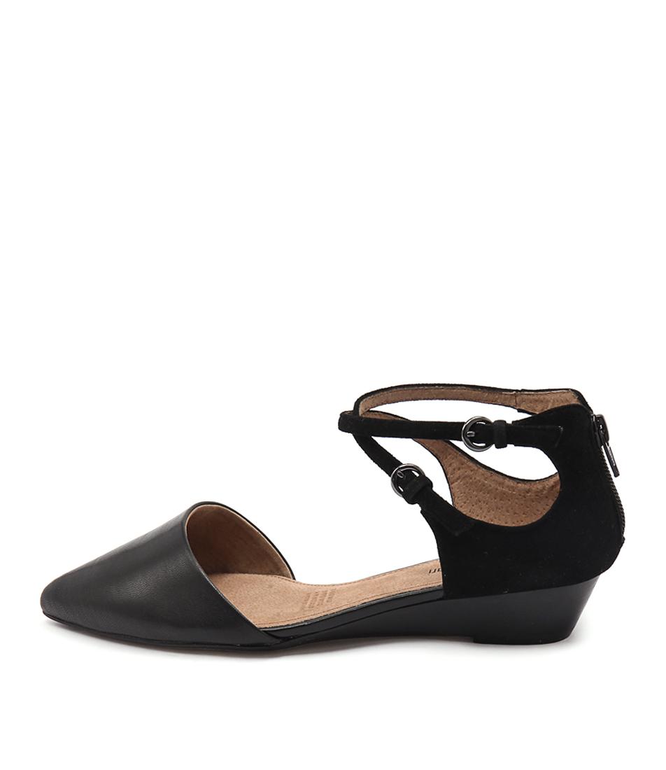 Diana Ferrari Pompeii Black Flat Shoes