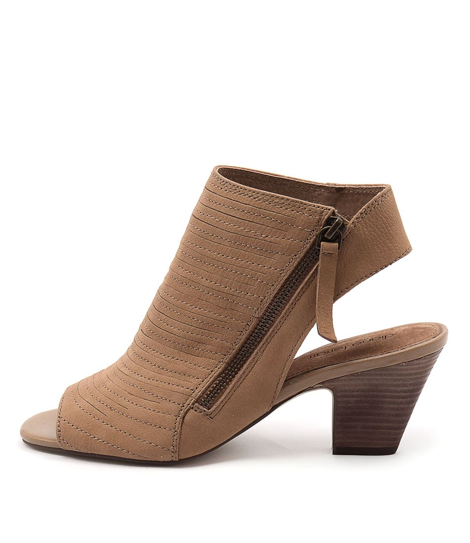 Diana Ferrari Quadora Natural Casual Heeled Shoes