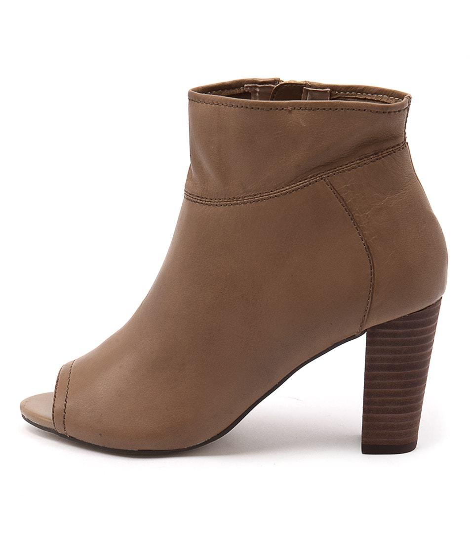 Diana Ferrari Nolita Tan Ankle Boots