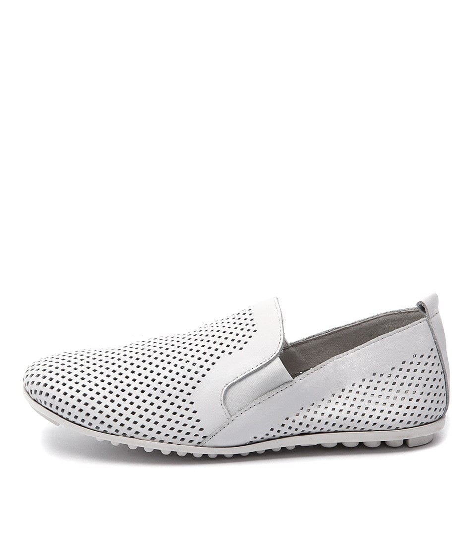 Django & Juliette Bescara White Comfort Flat Shoes