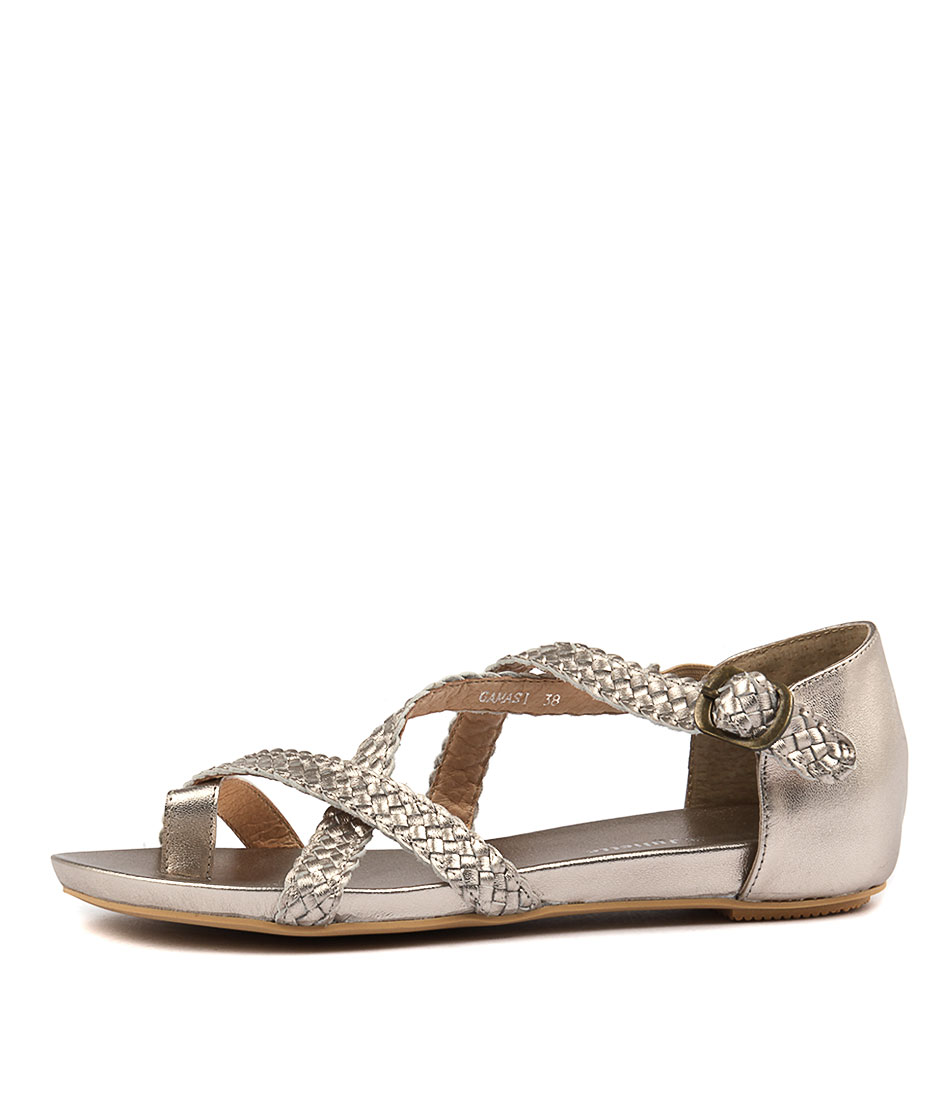 Django & Juliette Gamasi Champagne Flat Sandals