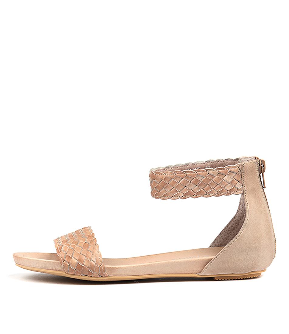 Django & Juliette Gamree Nude Casual Flat Sandals