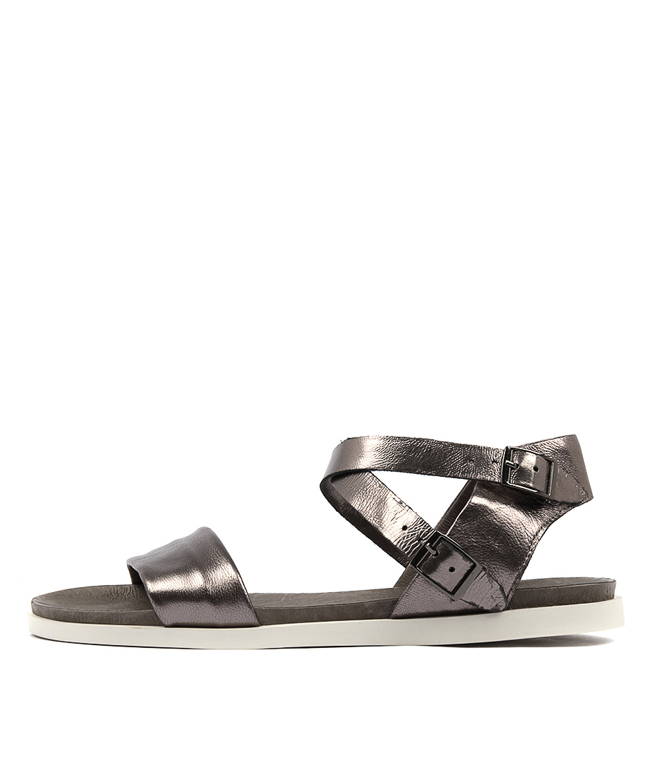 Django & Juliette Hoppy Pewter Pewter Casual Flat Sandals