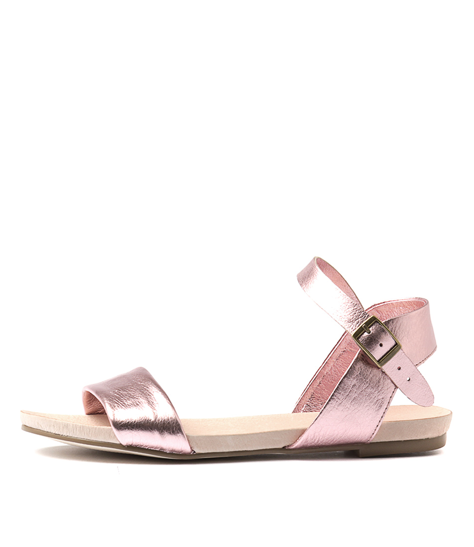 Buy Django & Juliette Jinnit Pink Metallic Flat Sandals online with free shipping