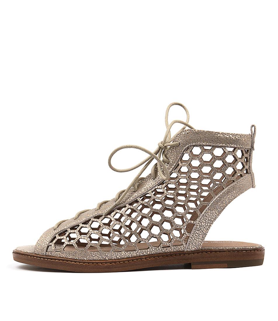 Django & Juliette Nifty Peach Casual Flat Sandals buy  online