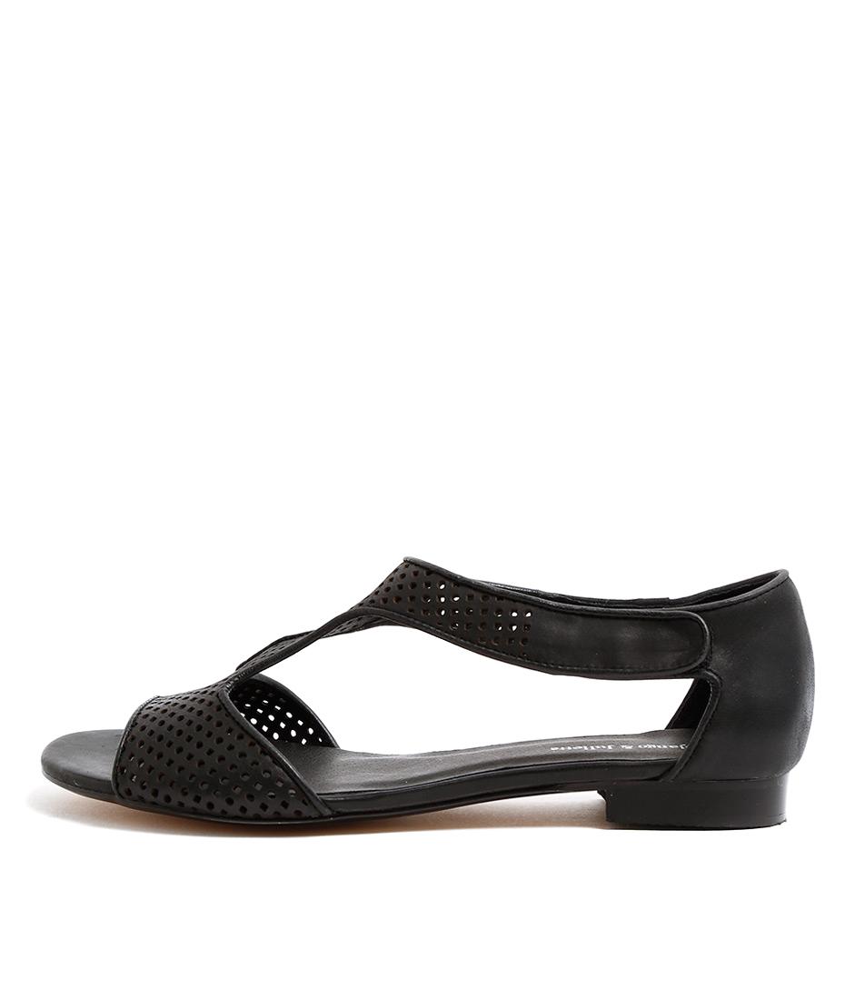 Django & Juliette Paiges Black Casual Flat Sandals