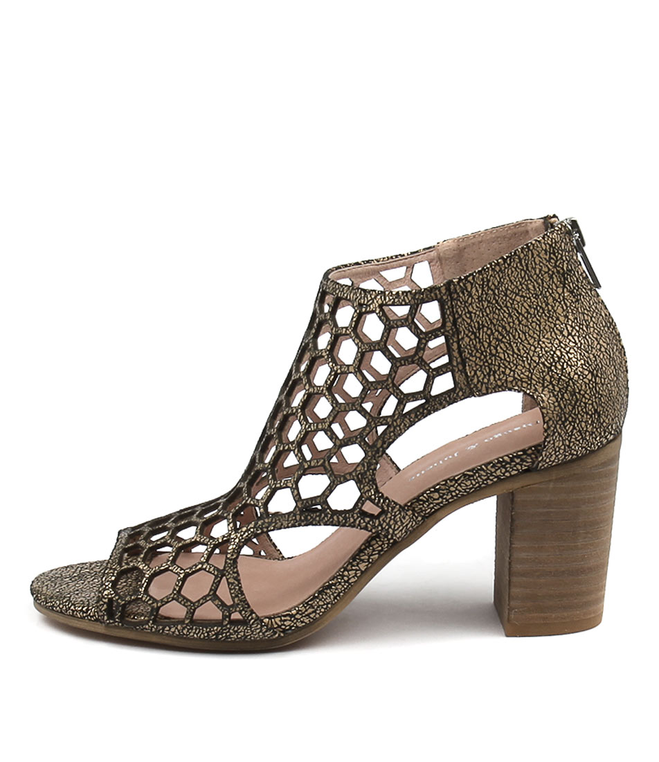 Django & Juliette Viable Nude Crackle Sandals