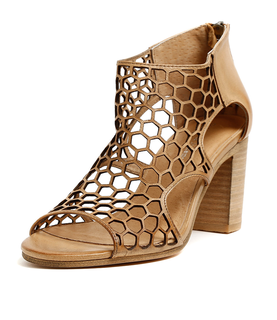 New Django Django Django & Juliette Viable Tan Womens shoes Dress Sandals Heeled 2bc912
