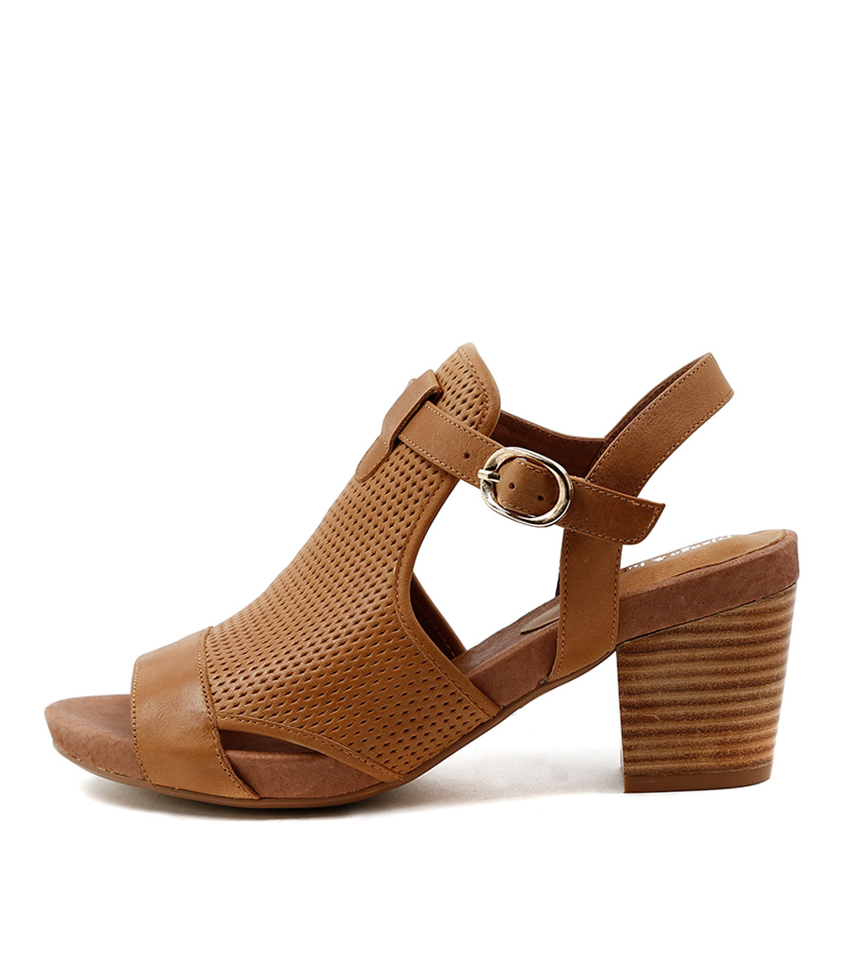 Django & Juliette Zunton Tan Dress Heeled Sandals