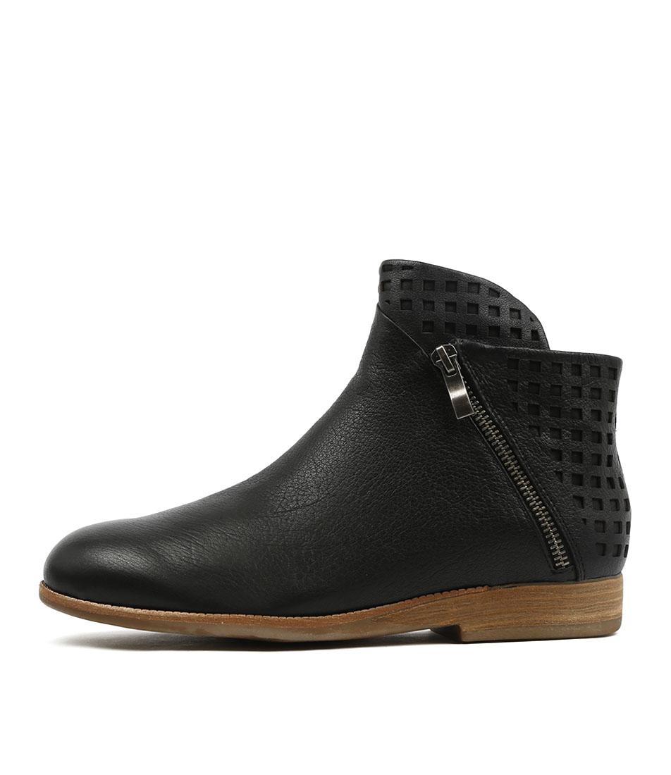 20f06cf6bd46 New Django   Juliette Jaycon Black Embroidery Womens Shoes Casual ...