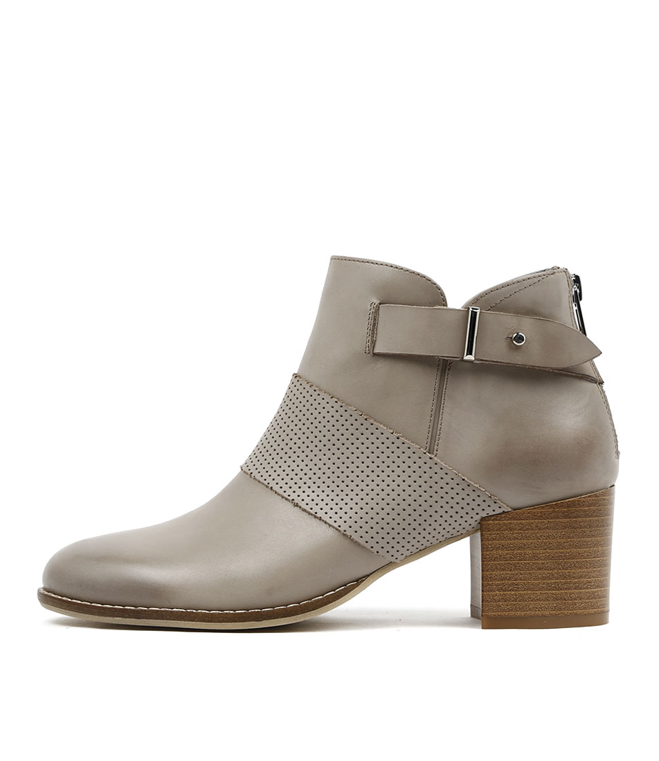 Django & Juliette Matter Donkey Casual Ankle Boots