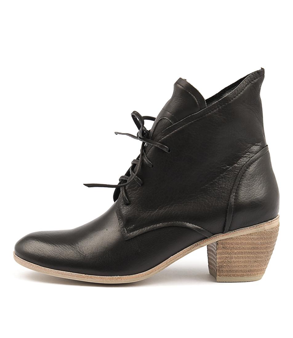 Django & Juliette Meyer Black Ankle Boots