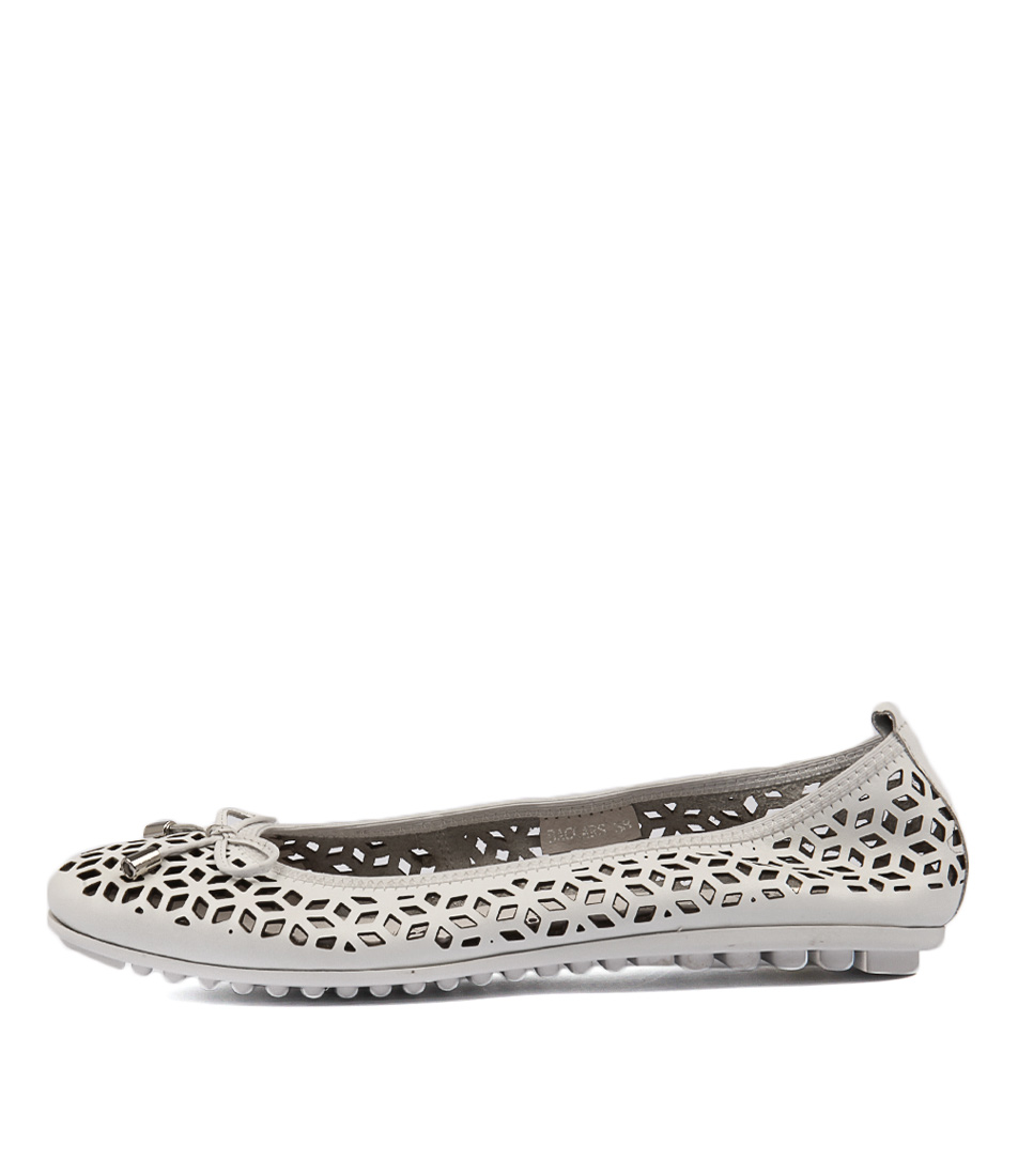 Django & Juliette Baccars White Flat Shoes
