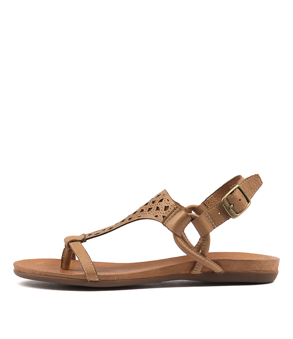 Django & Juliette Besha Tan Sandals