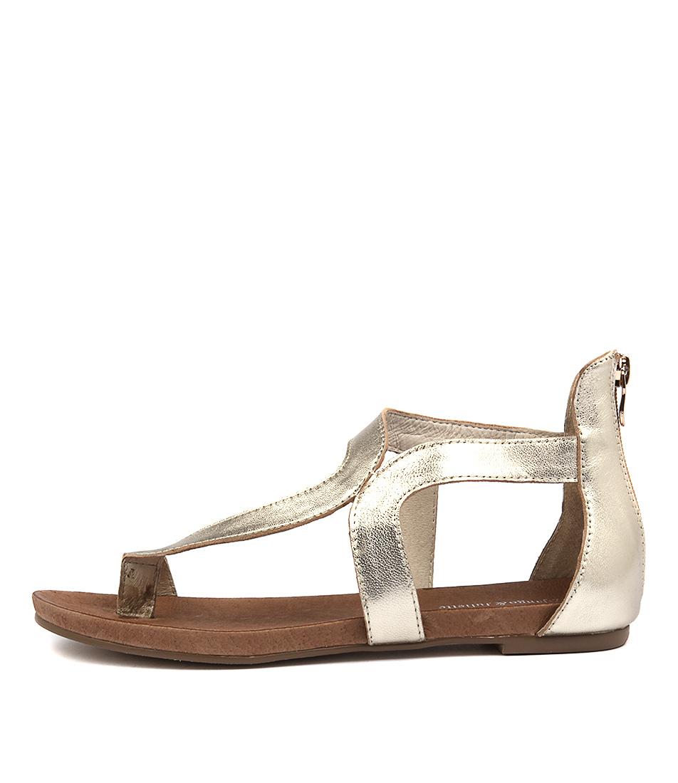Django & Juliette Jackson Pale Gold Sandals
