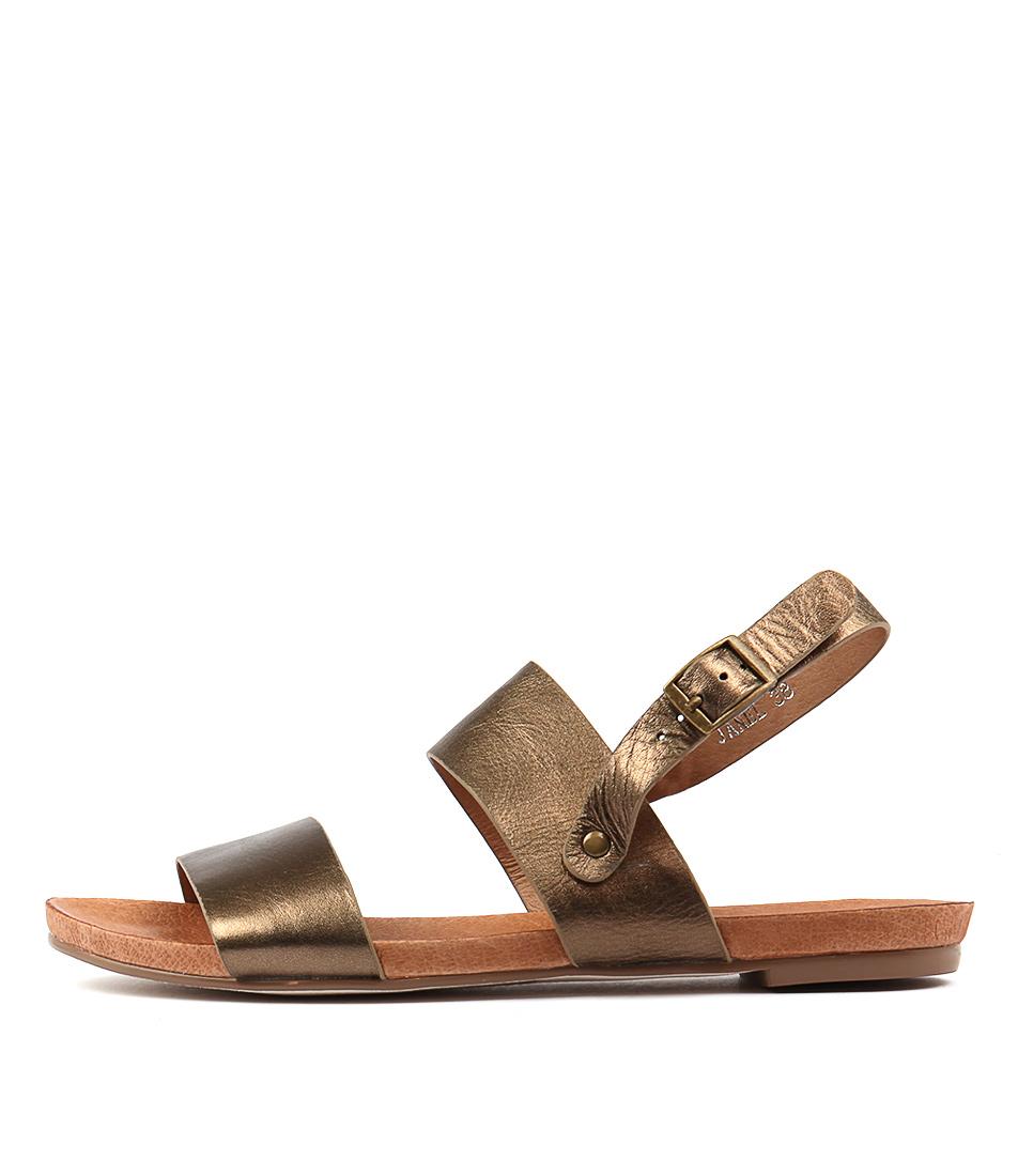 Django & Juliette Janel Bronze Sandals