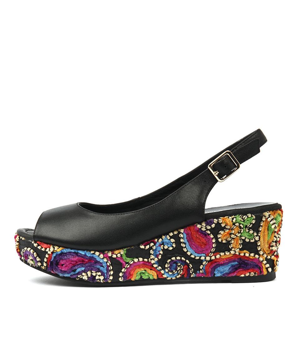 Django & Juliette Serealys Black Flat Shoes
