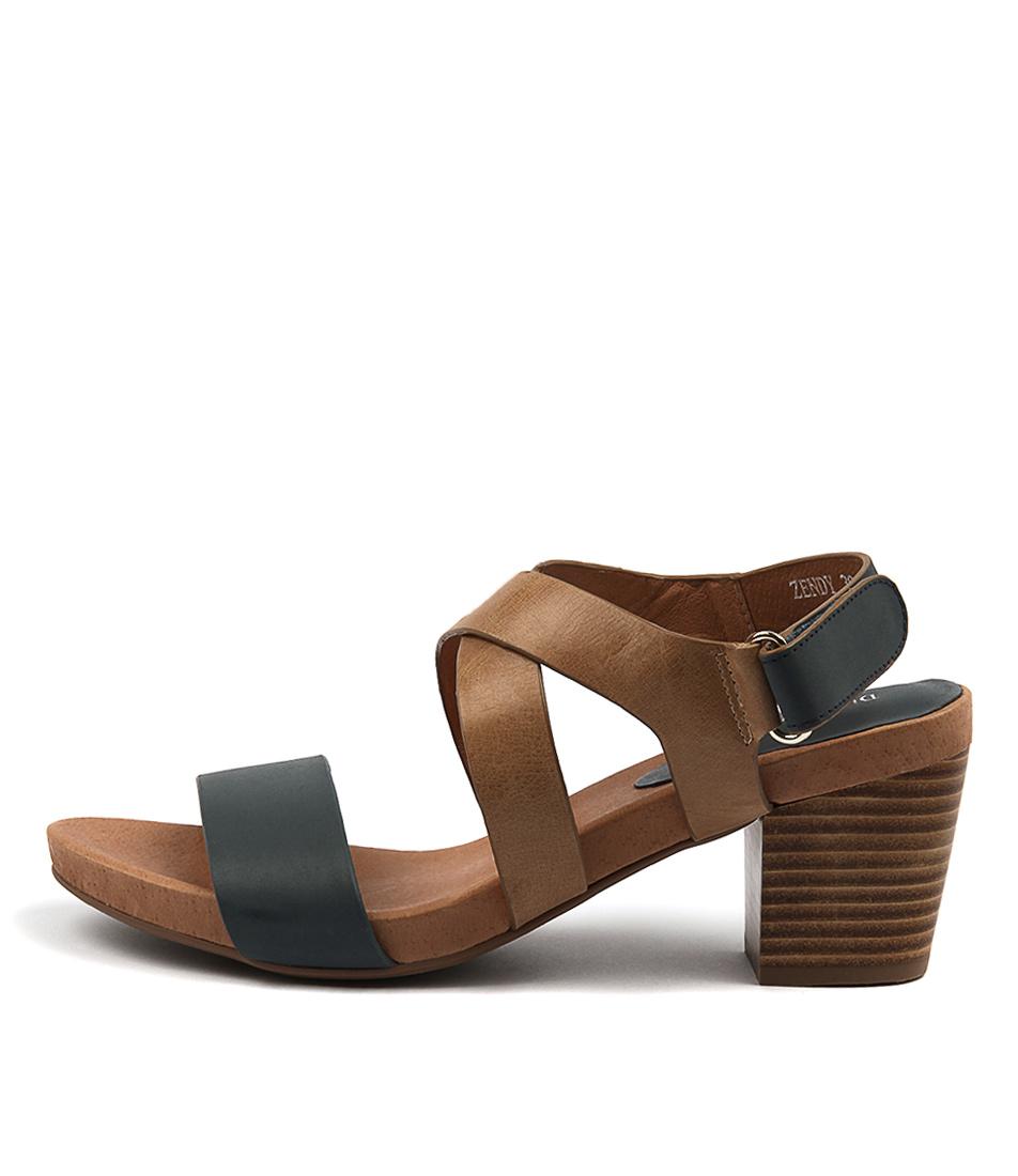 Django & Juliette Zendy Navy Tan Sandals
