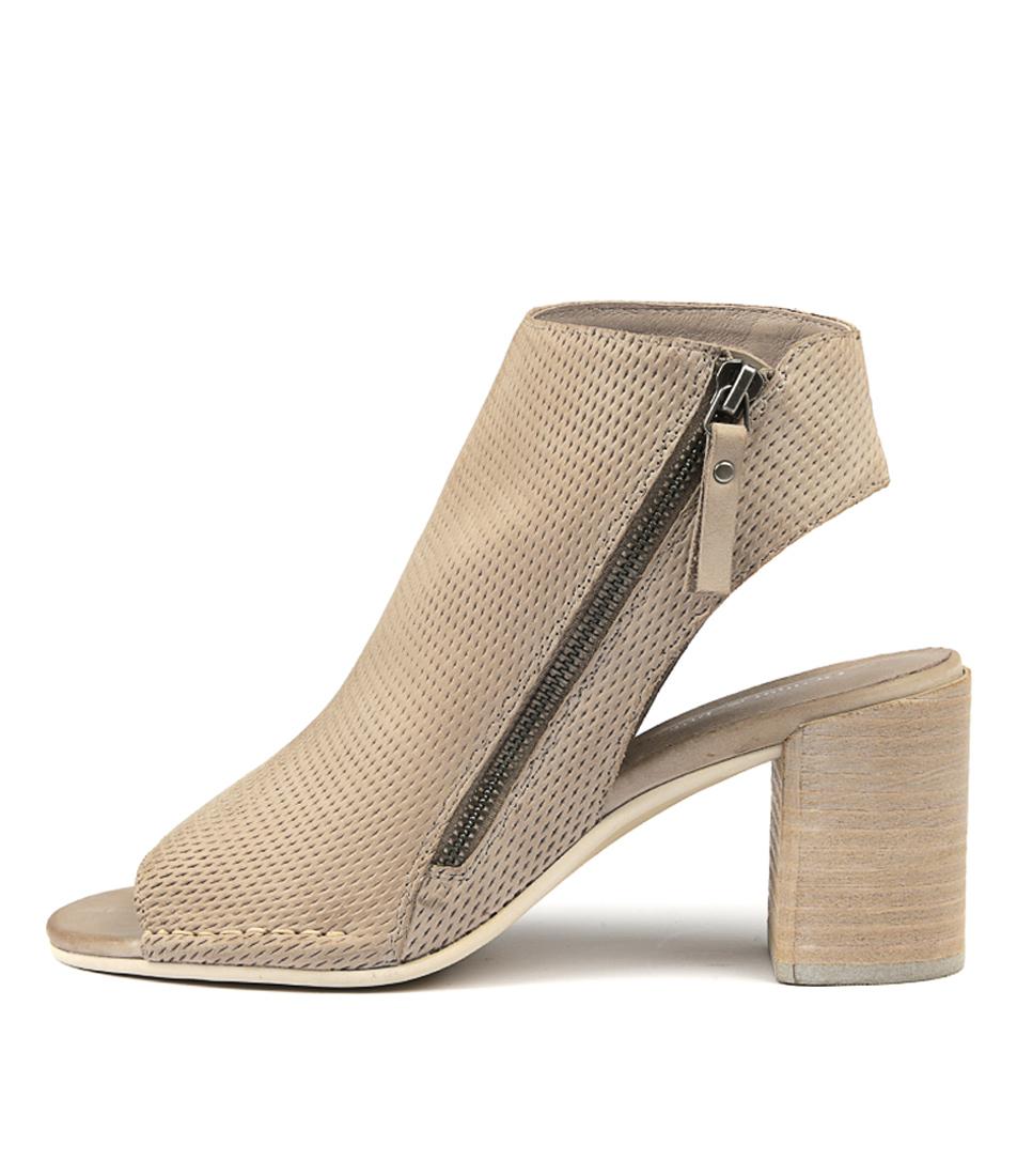 Django & Juliette Daslide Donkey Heeled Sandals