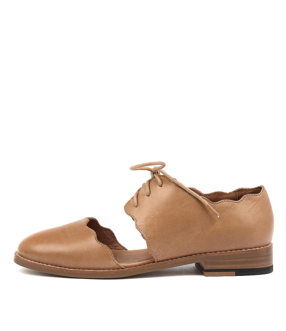 Django & Juliette Leroys Tan Flat Shoes