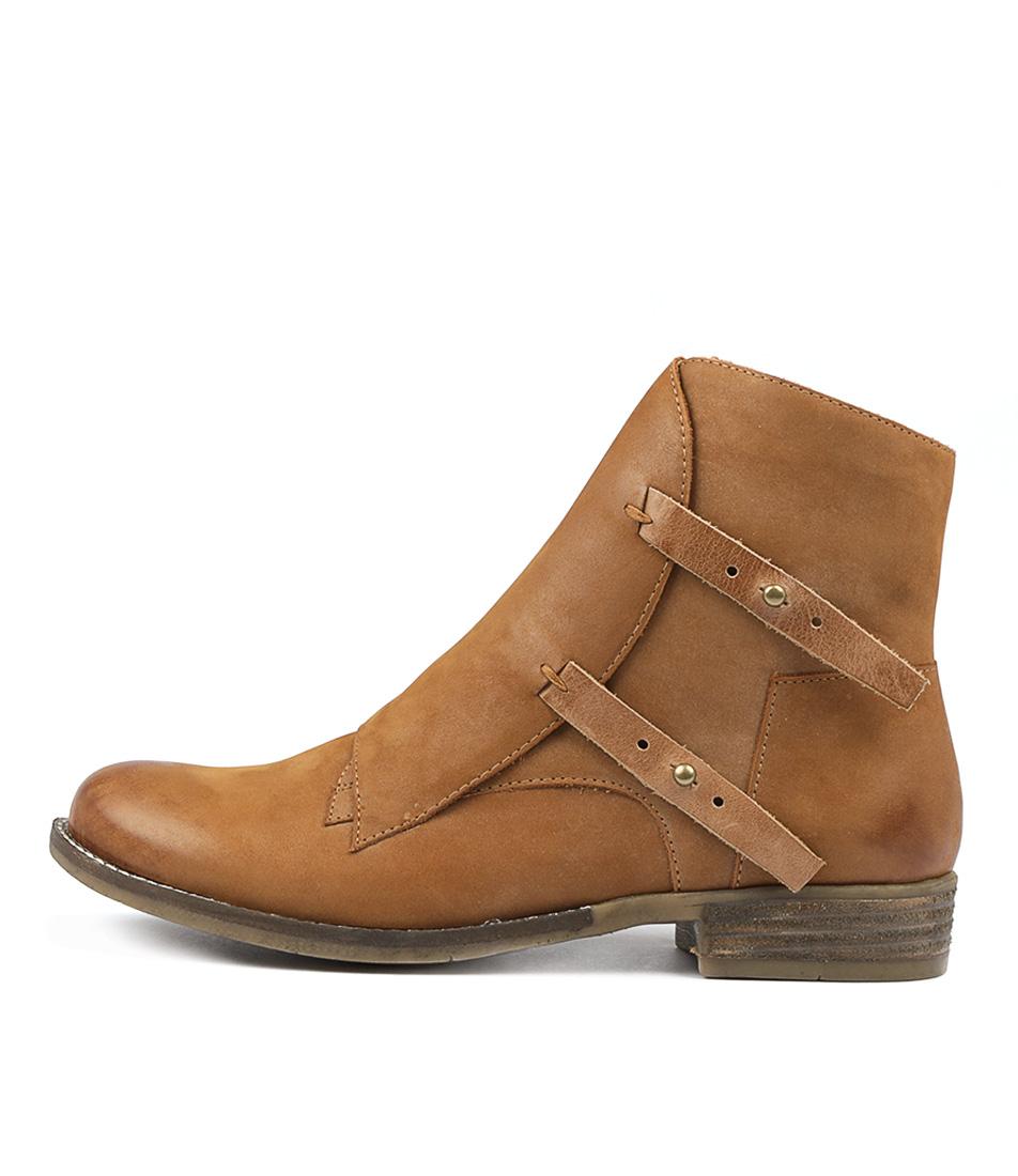 Django & Juliette Corsit Tan Tan Ankle Boots
