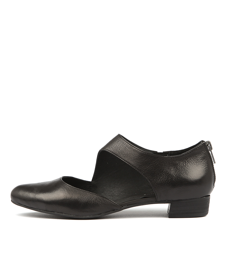 Django & Juliette Earhart Black Flat Shoes