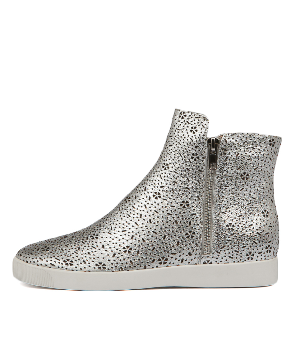 Django & Juliette Glamora Silver Sneakers