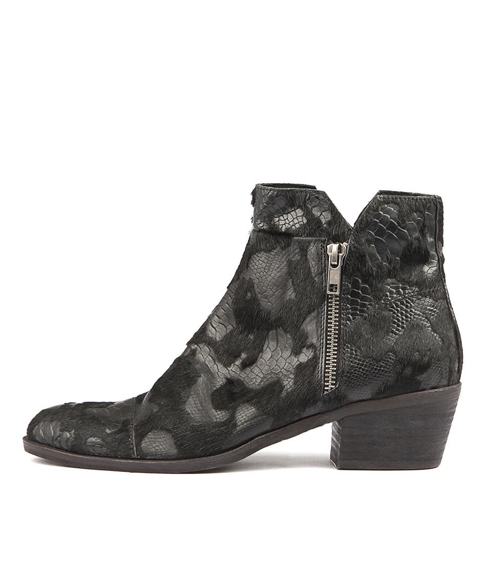 Django & Juliette Ratari Black Snake Pri Ankle Boots