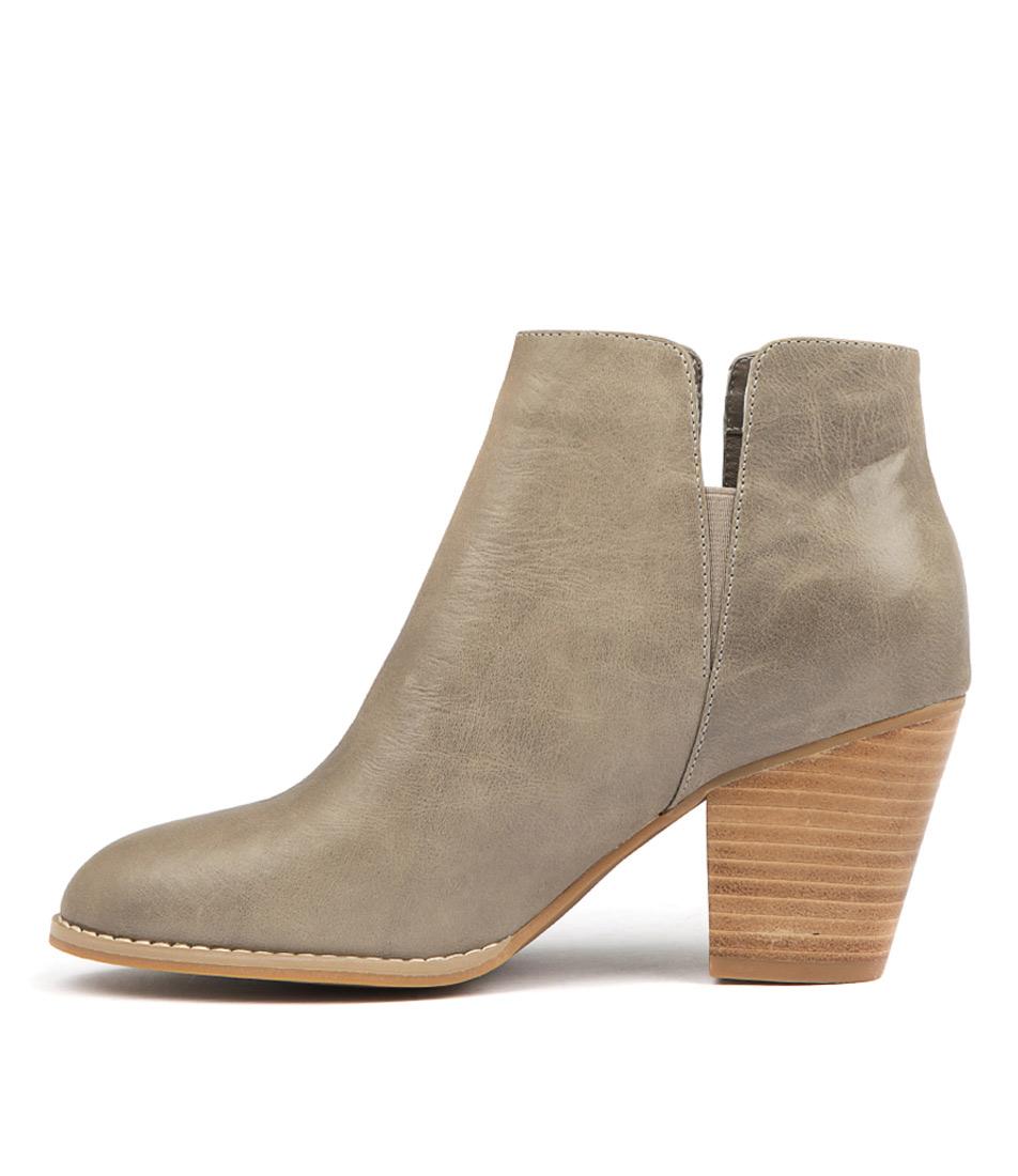 Django & Juliette Releases Grey Ankle Boots