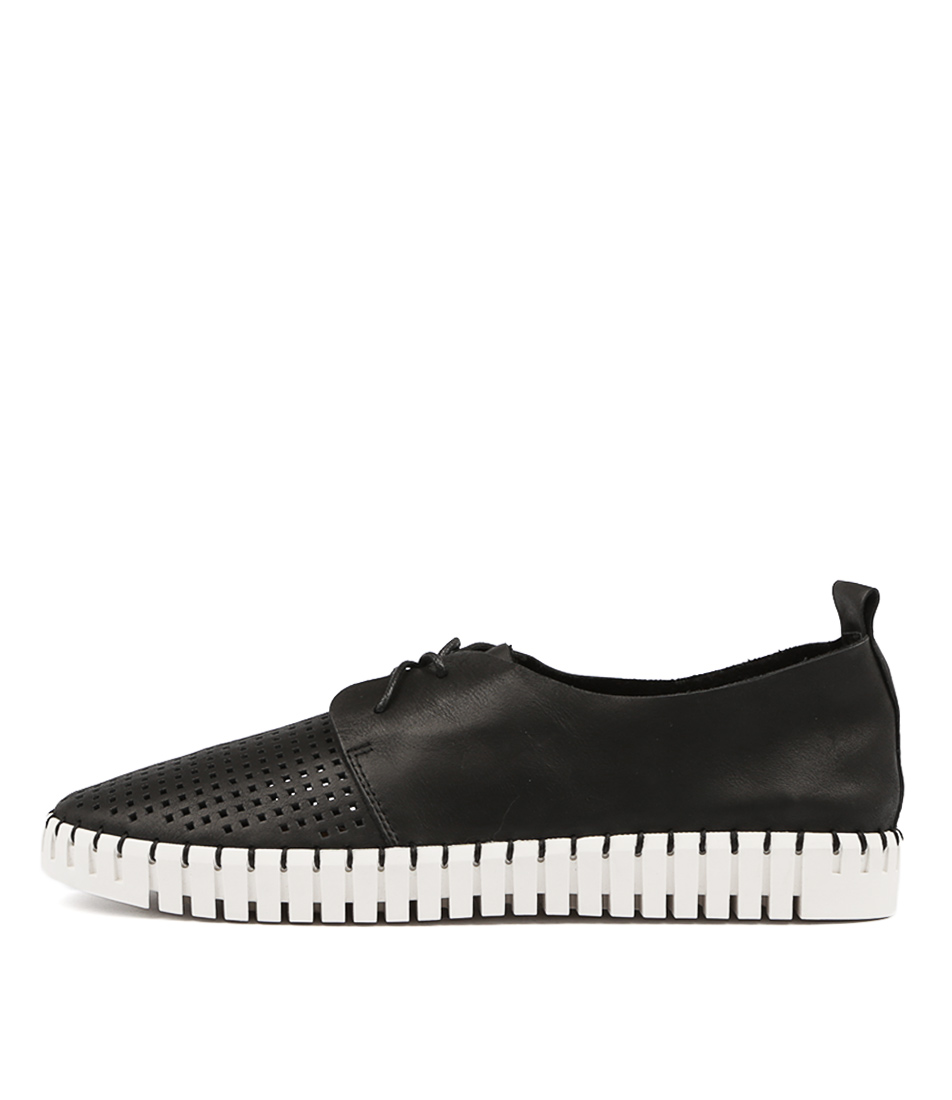 Django & Juliette Huston Black Flat Shoes