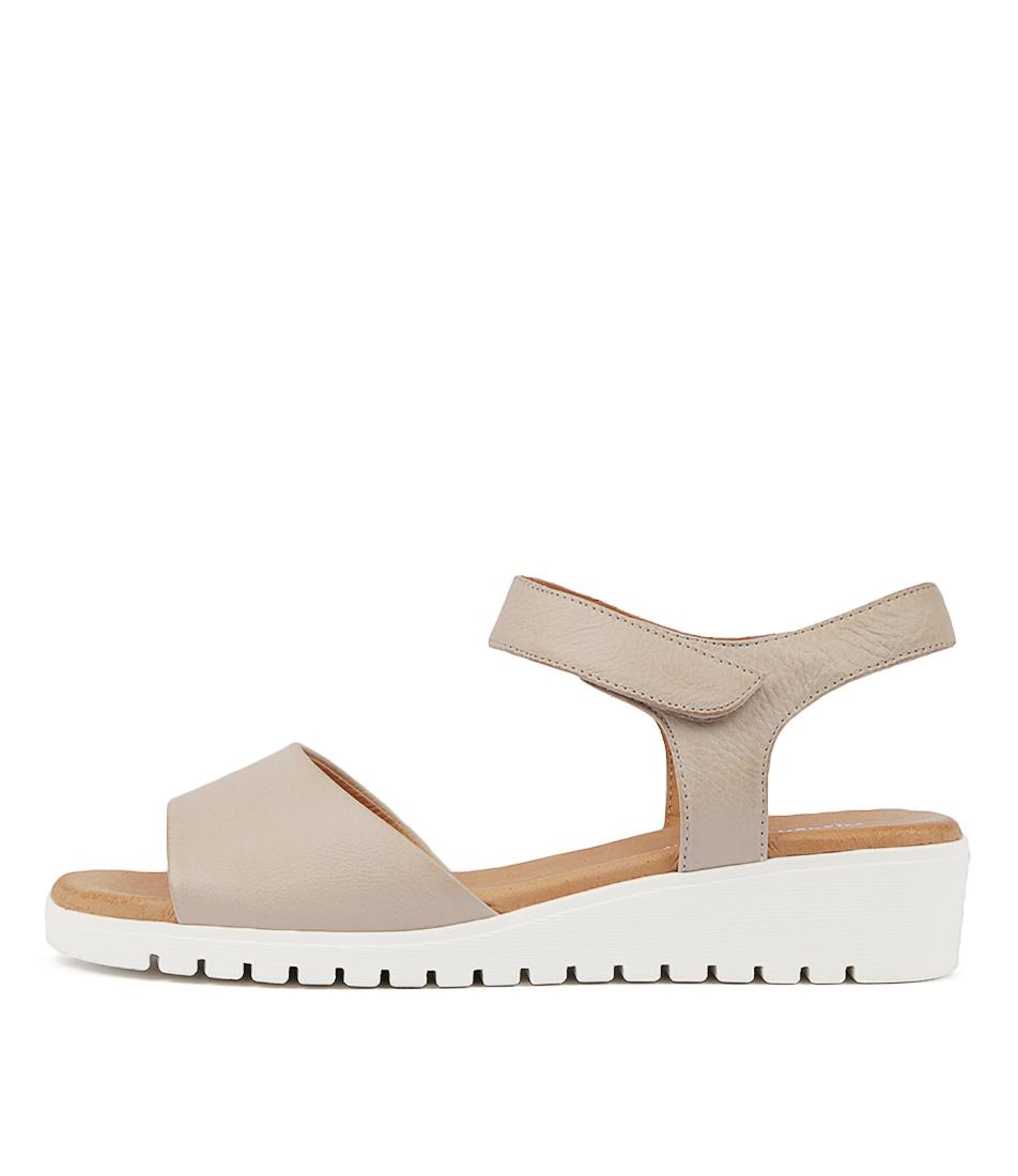 Buy Django & Juliette Multon Nude Flat Sandals online with free shipping