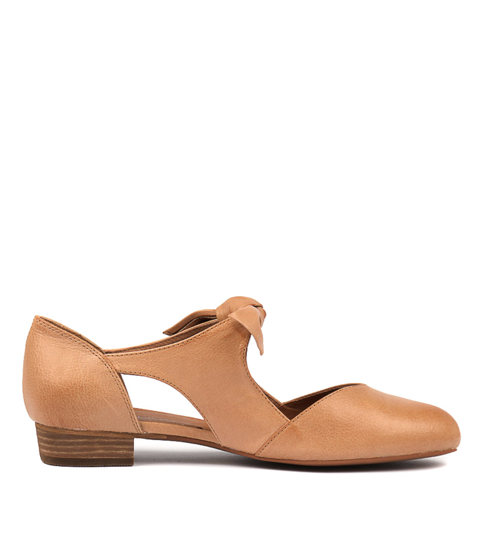 New Django & Juliette Esete Shoes Womens Shoes Shoes Esete Flat 38f255