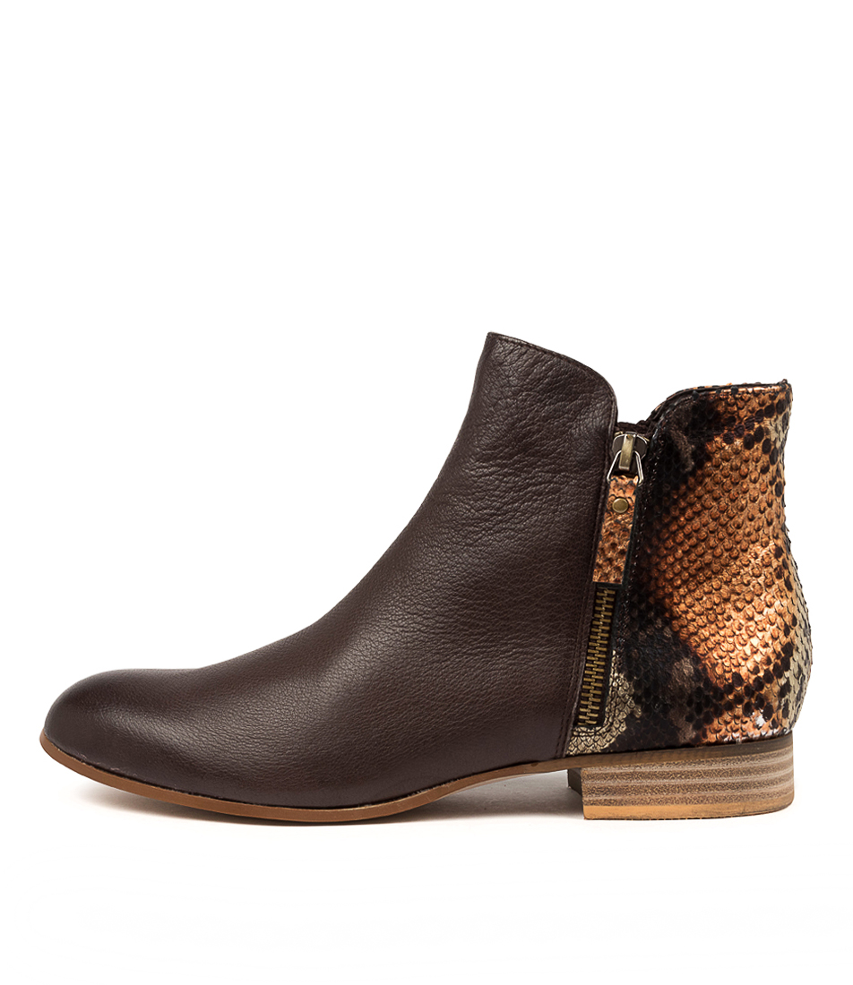 Buy Django & Juliette Fabro Dj Choc Rustic Ankle Boots online with free shipping