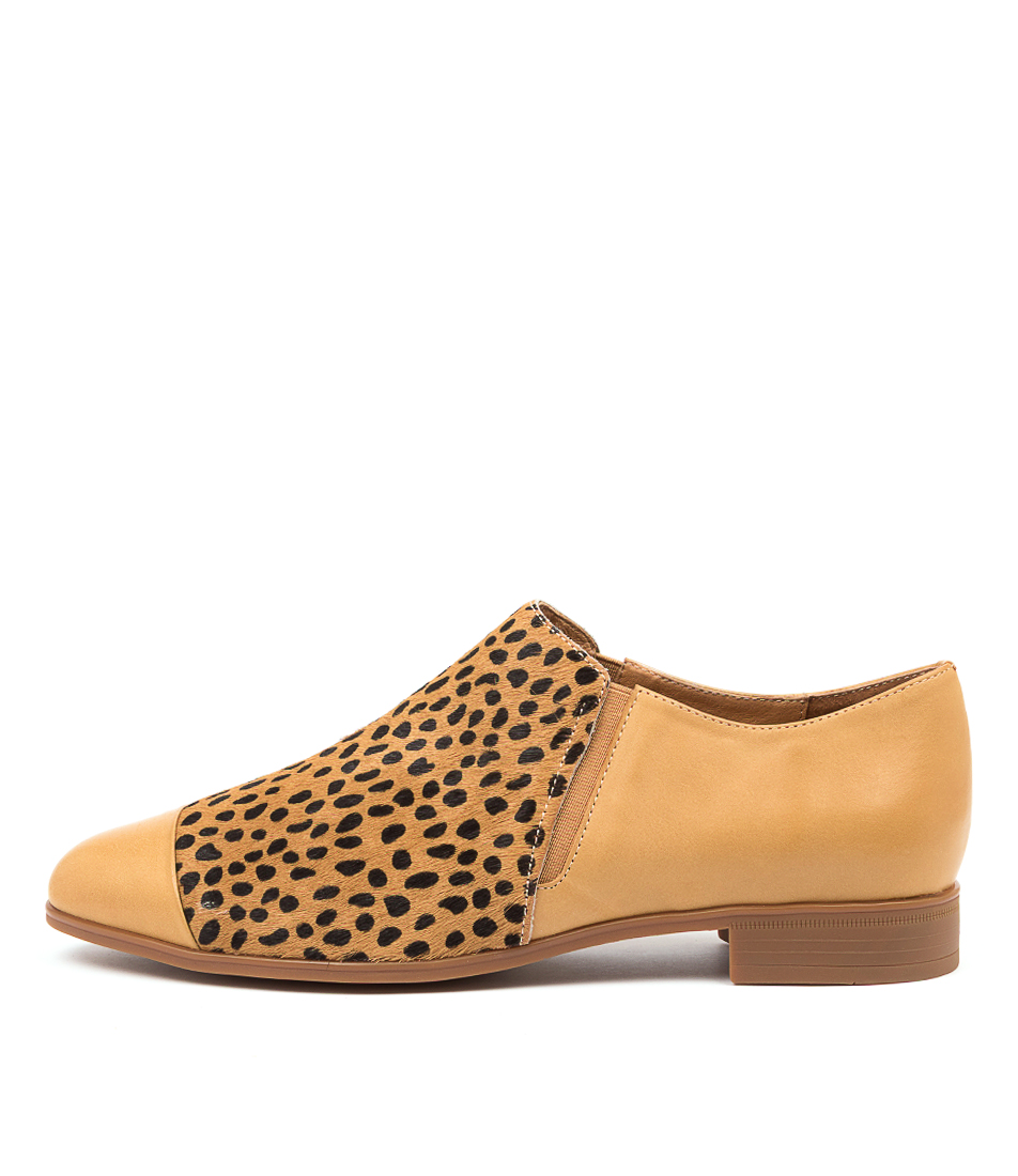 Buy Django & Juliette Gerrit Dj Tan Tan & Black Dot Flats online with free shipping