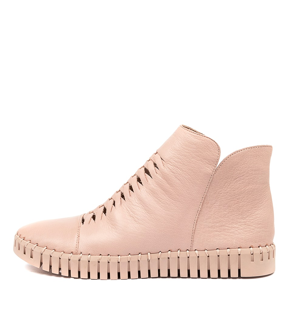 Buy Django & Juliette Hip Dj Warm Rose Rose Sole Ankle Boots online with free shipping