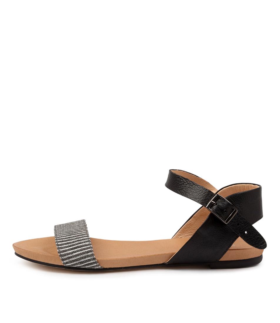Buy Django & Juliette Jarta Dj Black & White Bla Flat Sandals online with free shipping