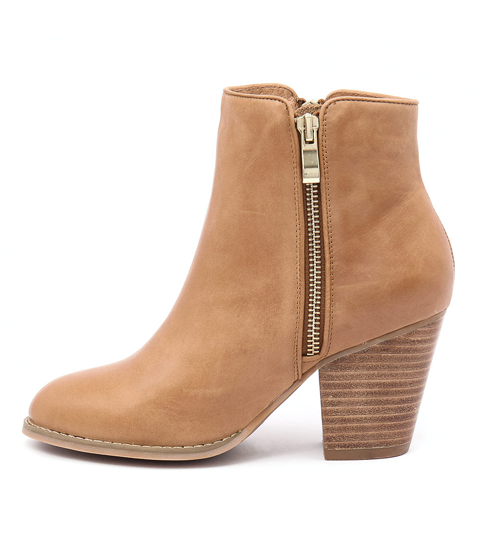 Django & Juliette Roby Tan Casual Ankle Boots