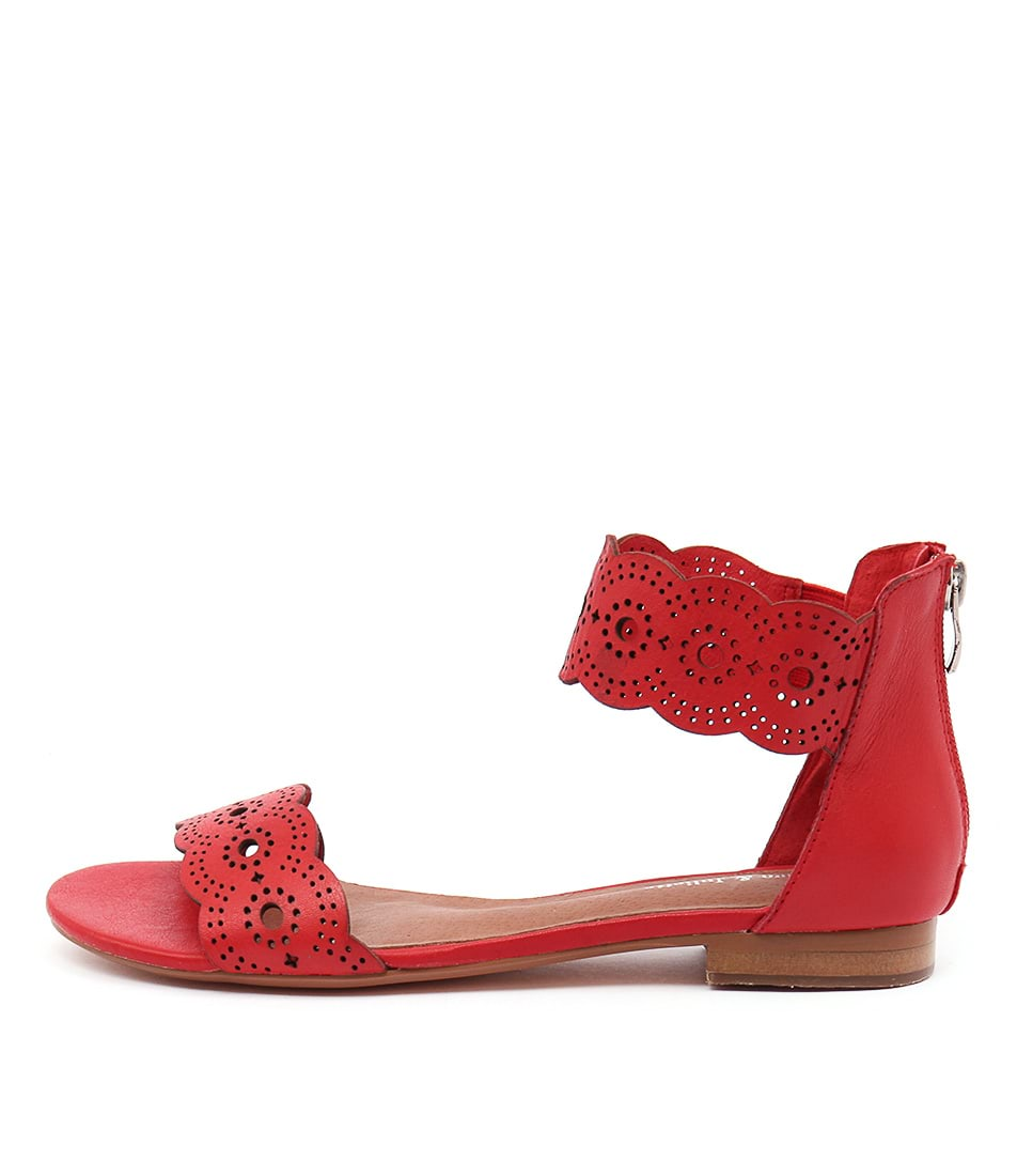 Django & Juliette Palatie Red Casual Flat Sandals