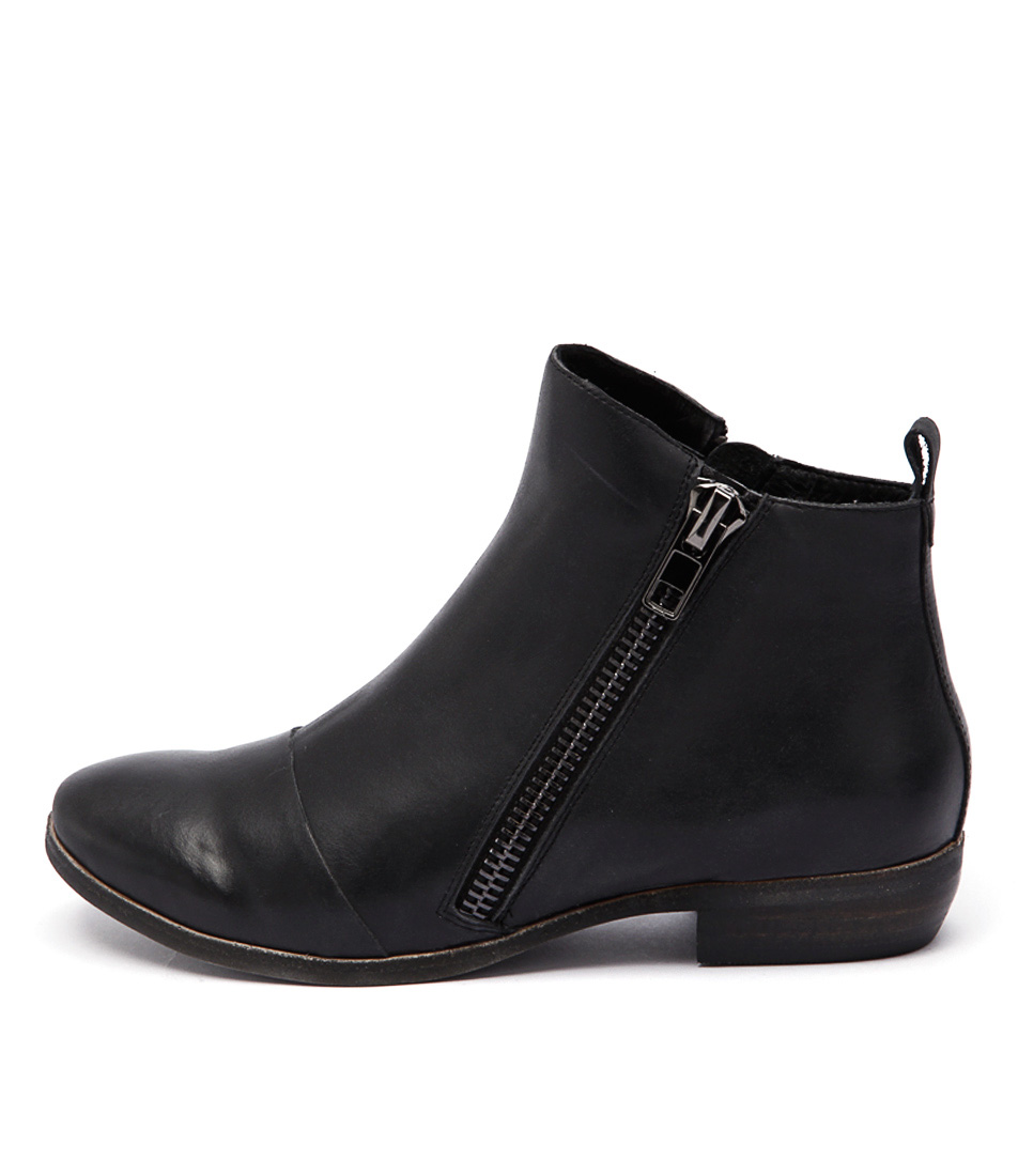 Django & Juliette Oba Black Ankle Boots