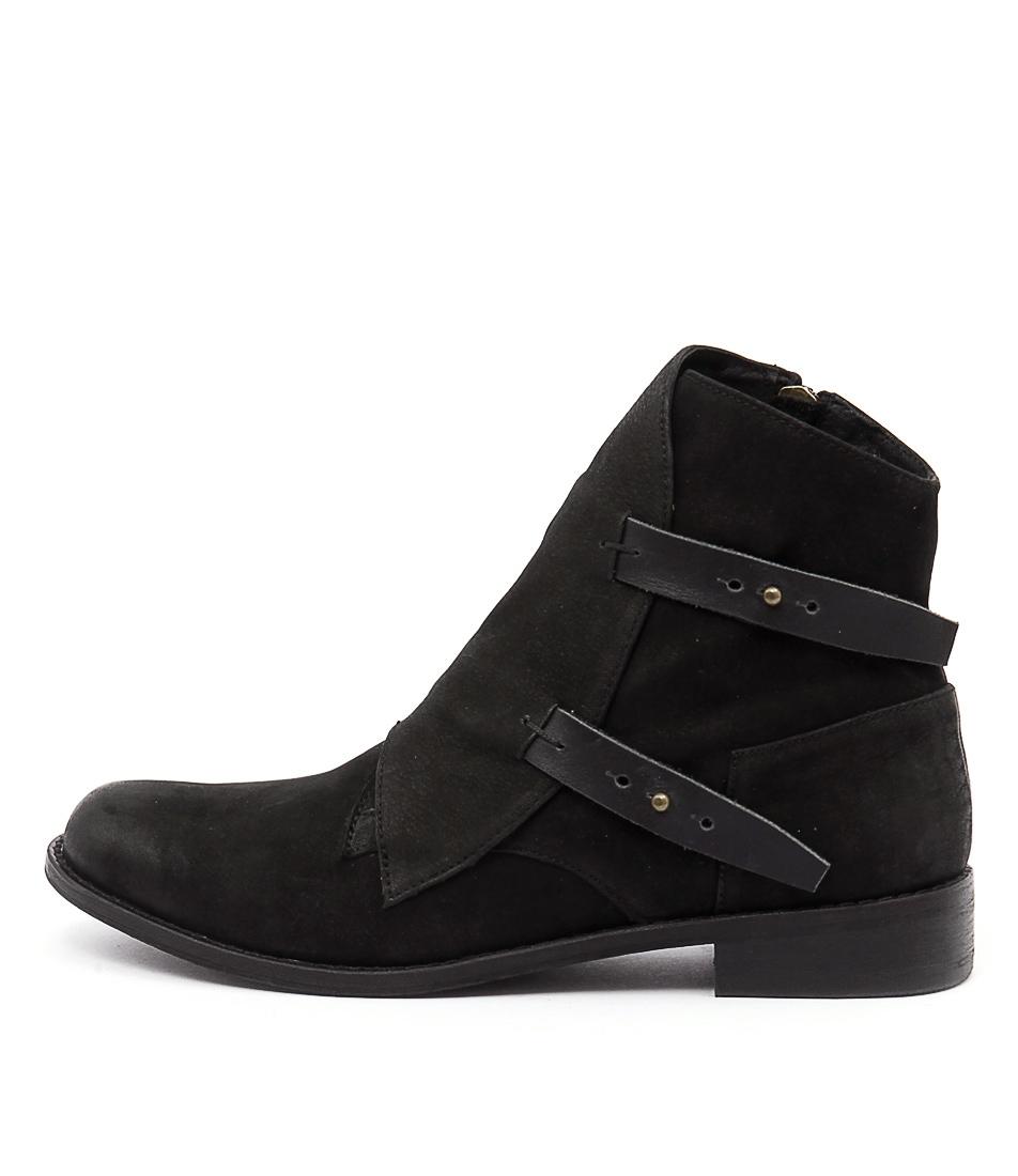 Django & Juliette Jaspa Black Ankle Boots