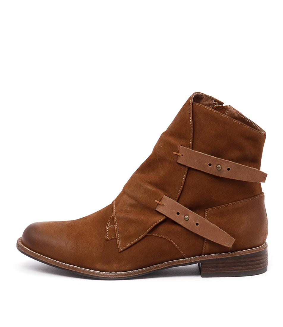Django & Juliette Jaspa Tan Ankle Boots