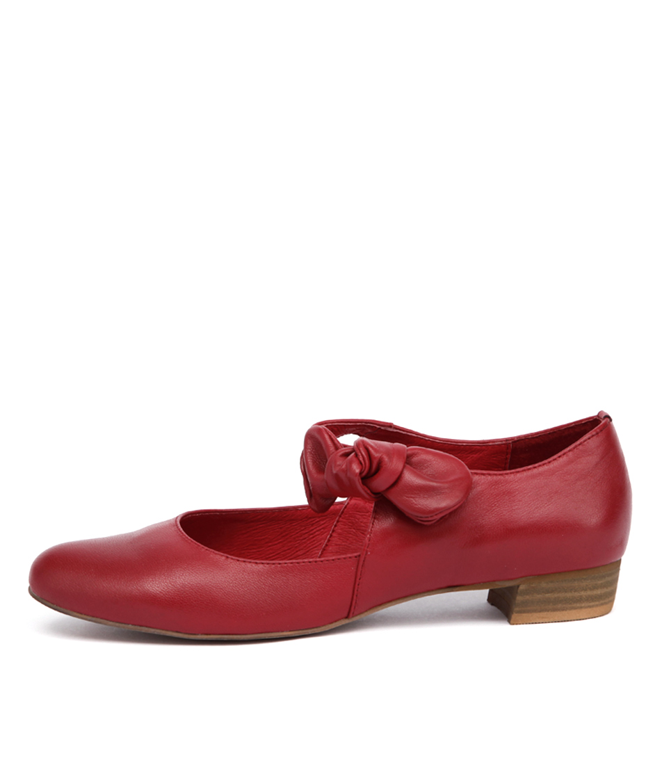Django & Juliette Eco Red Flats