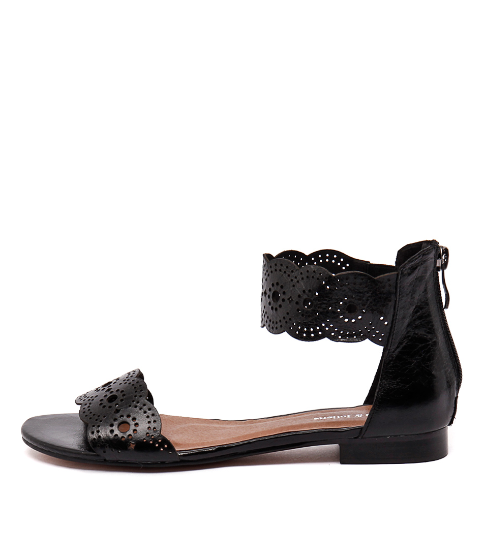Django & Juliette Palatie Black Sandals