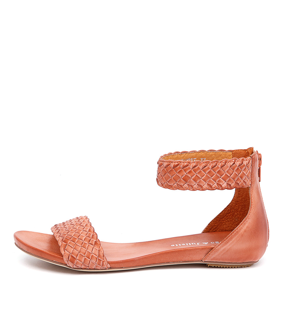 Django & Juliette Gamree Orange Sandals