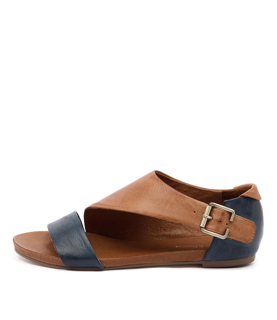 Django & Juliette Jimini Navy Tan Sandals