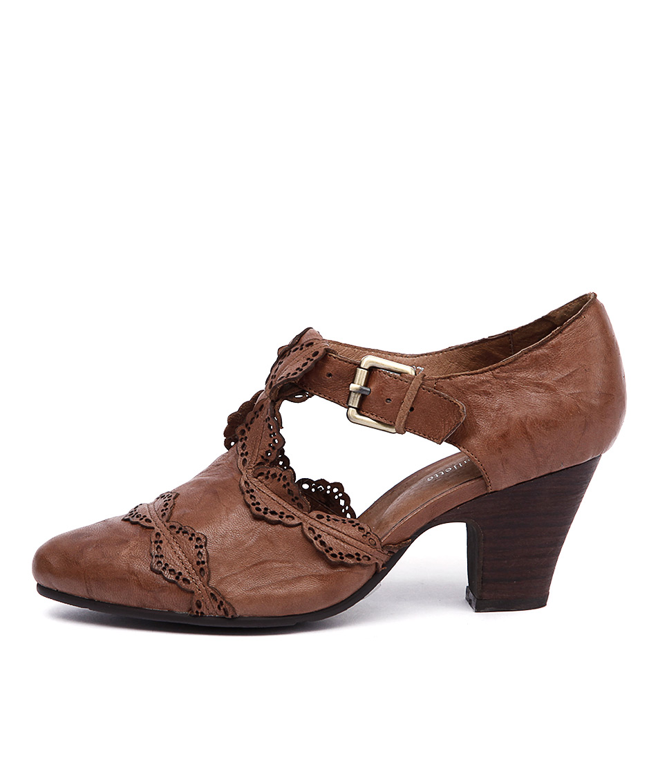 Django & Juliette Hartsi Tan Heeled Shoes