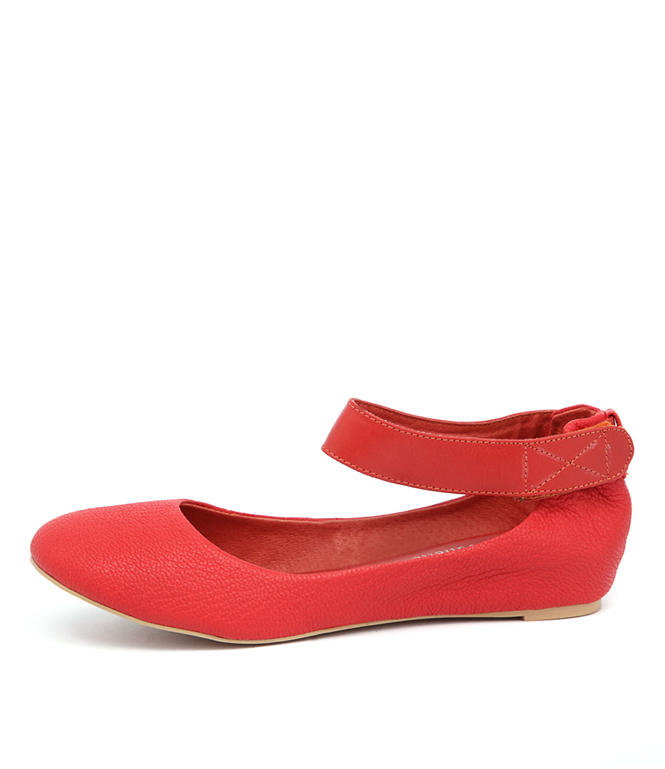 Django & Juliette Plush Dj Tangerine Flat Shoes