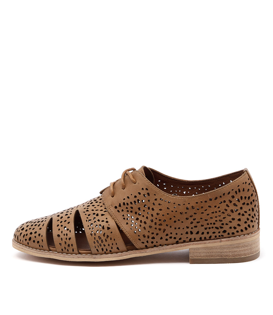 Django & Juliette Abra Tan Flat Shoes