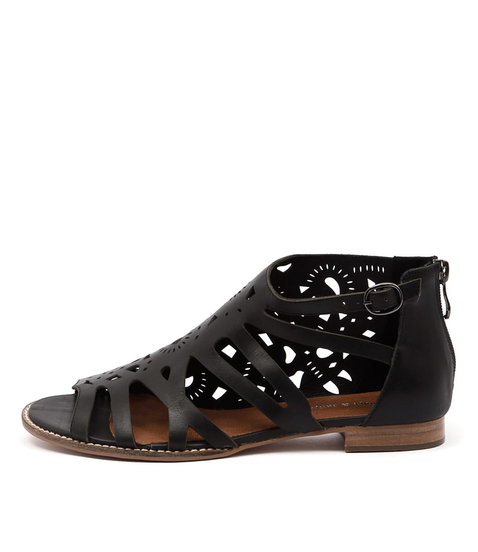 Django & Juliette Radar Black Casual Flat Sandals